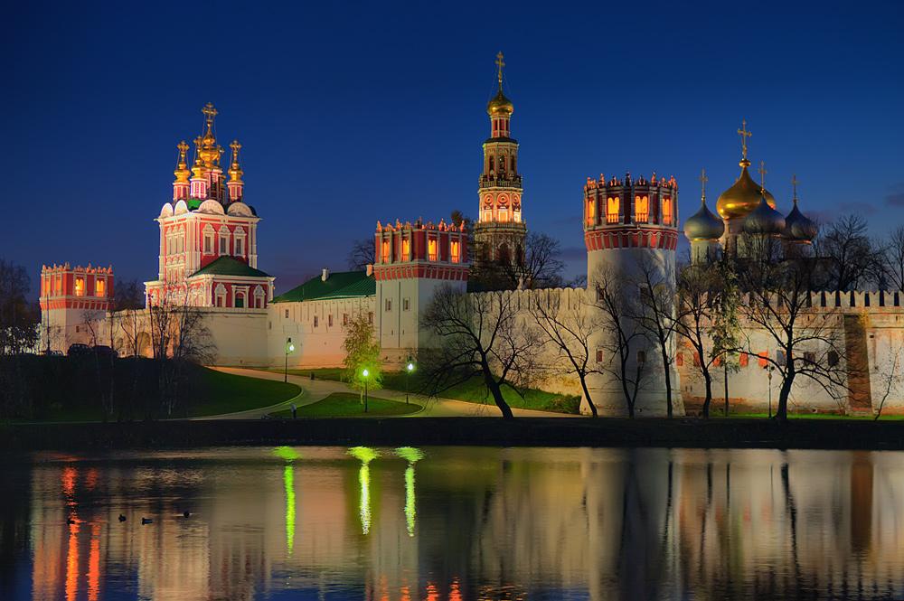 Достопримечательности Москвы: moskva.go2all.ru/sights
